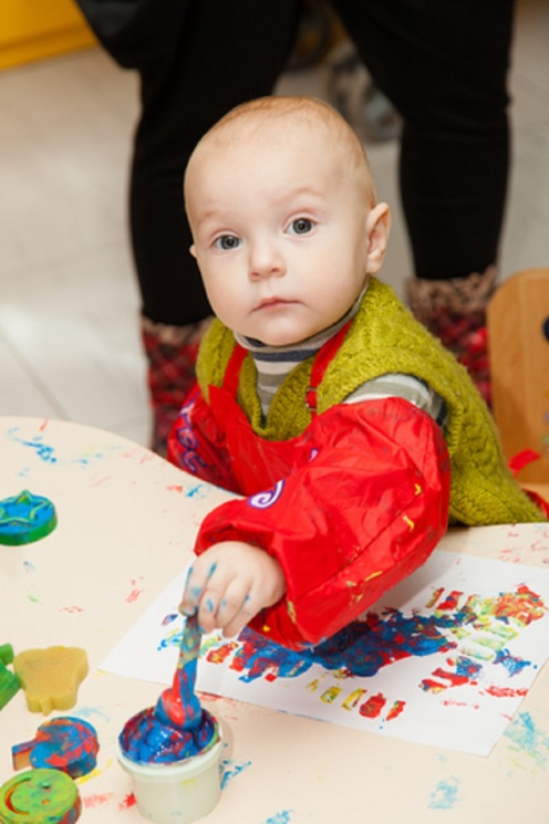 Child Painting © Aleksey Sagitov