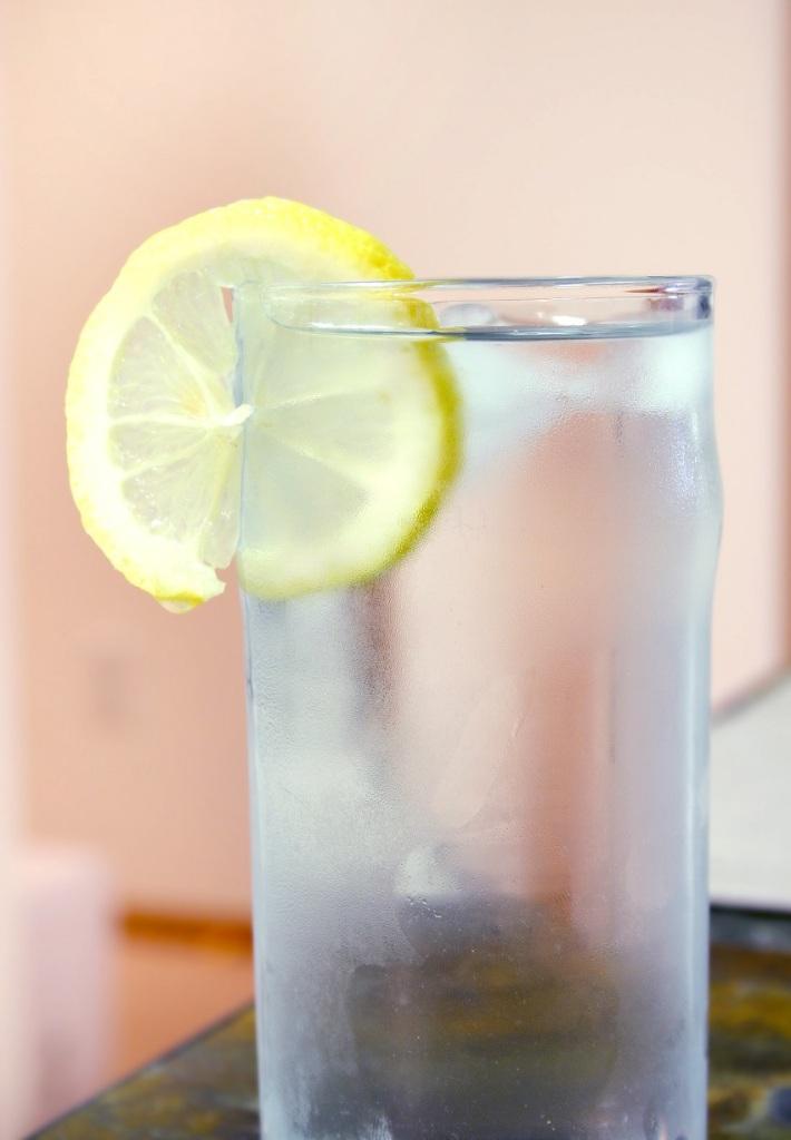 Lemon and Water - © Johanna Goodyear Dreamstime Stock Photos
