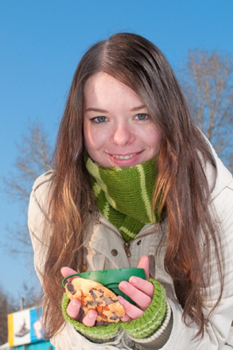 Girl With Warm Green Tea © Aleksandr Markin.jpg