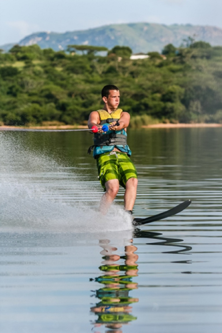 Hanging On - Water Skiing © Chris Van Lennep.jpg