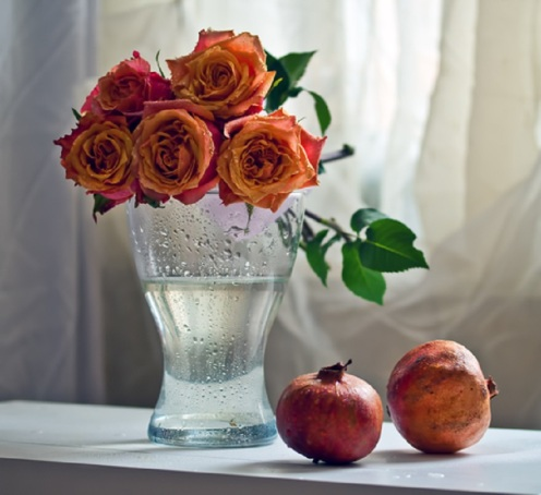Pomegranates and Roses by © Ispanka81