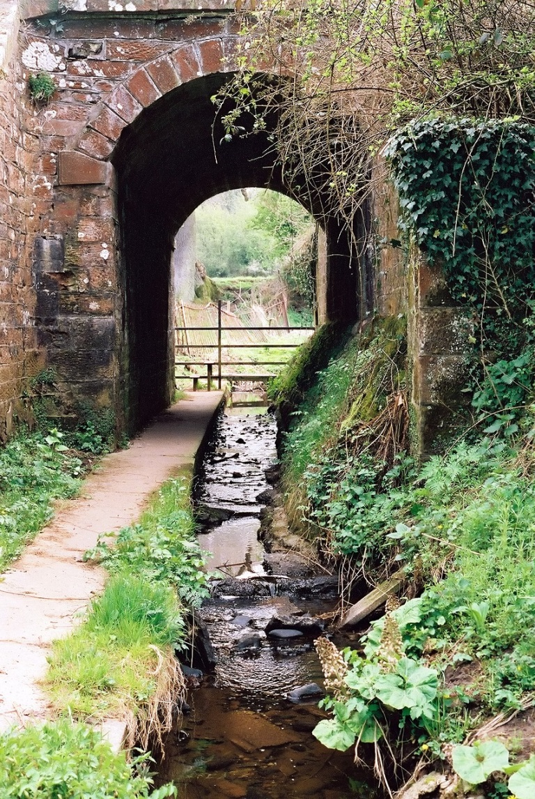 Tunnel Under Railway - © Peterguess.jpg