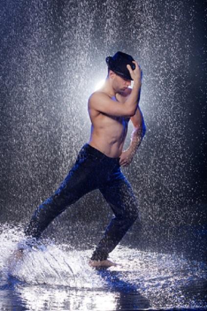 Man Dancing In The Rian © Mystock88photo