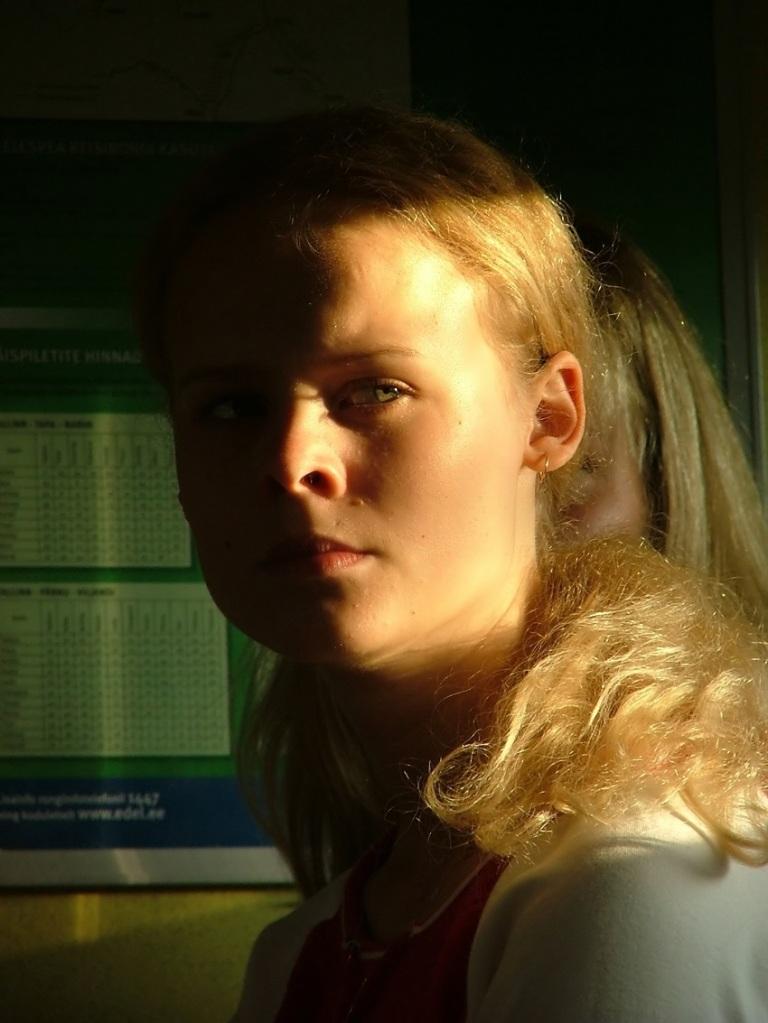 Serious Girl © Ragne Kabanova.jpg